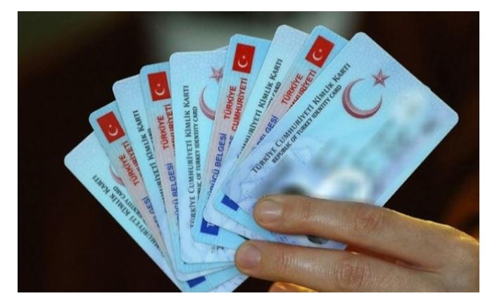 Sosyal destek alan Engelli bireyler yeni kimlik kartlarıyla ATM'den para çekebilecek