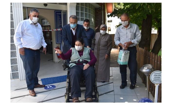Engelli Selma'ya akülü sandalye
