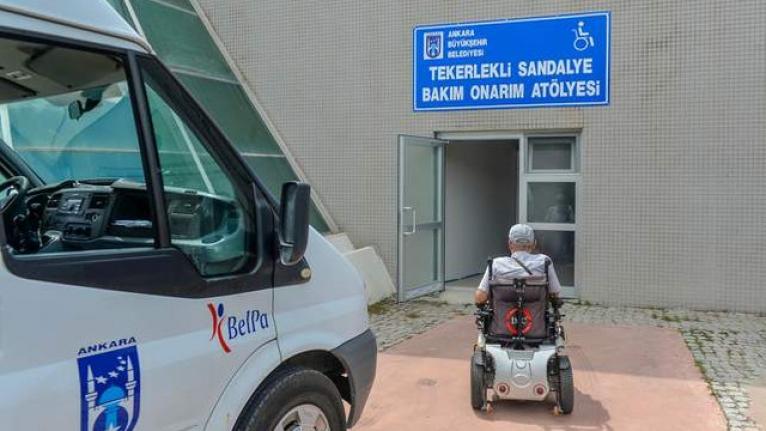 Ankara'da engelli vatandaşları yolda bırakmayan hizmet
