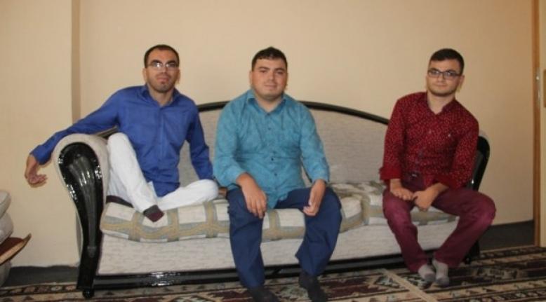 3 kas hastası kardeşin Erzurumspor aşkı onları hayat verdi