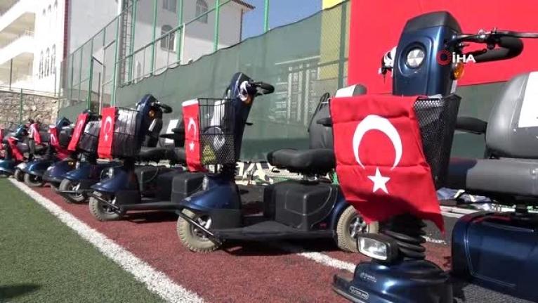 130 engelliye akülü araç ve tekerlekli sandalye