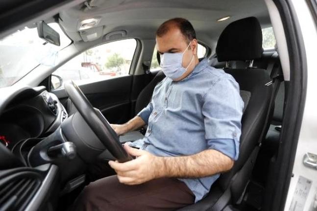 Görme engelli, araç arızalarını dinleyerek tespit ediyor