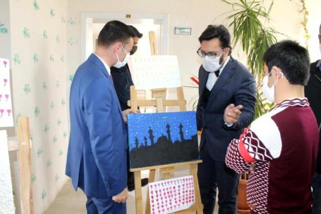 Kahta'da zihinsel engelli ve otizmli öğrencilere özel 'Uygulama Evi' açıldı