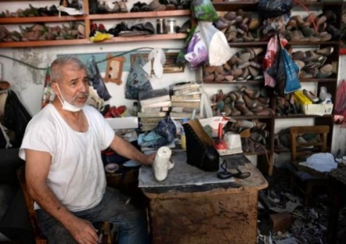 Engelli 400 müşterisinin ayakkabı kalıbını arşivledi