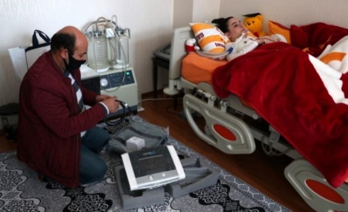 """Engelli gencin """"solunum cihazı"""" talebini Belediye karşıladı"""